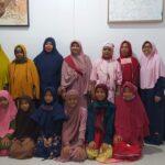 6 Santriwati dari Suku Melayu Tua Belajar di Rumah Quran Milik UAS