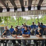Ketua Umum Persipura Benhur Tomi Mano, Pengusaha Papua Rudy Maswi, Thaha Al Hamid, Pdt. Herman Awom STh, Bonny Z Minang, dan manajer Bento Madubun
