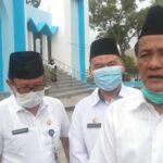 Ketua Forum Ulama dan Umaro Sumsel sekaligus Staf Khusus Gubernur Bidang Agama KH Amiruddin Nahrawi, Kepala SMK Negeri 2 Palembang Rafli dan Kasi Sarana dan Prasarana Diknas Provinsi Sumsel Nasrul Bani