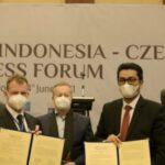 Penandatanganan perjanjian kerja sama antara Republik Ceko dan Pemerintah Aceh