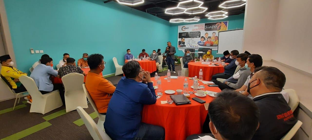 """Community Political Consultant menggelar diskusi publik """"Pemimpin Ideal Palembang, Siapo"""", Sabtu (3/7)"""