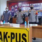 Kabid Humas Polda Metro Jaya Kombes Yusri Yunus saat rilis kasus, Kamis (8/7)