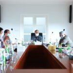 Rapat Koordinasi Pelaksanaan Pengadaan Tanah Lokasi Jalan Tol Musi Banyuasin Jambi Raya (MUBAJAYA) di Ruang Rapat Kantor Perwakilan Muba di Palembang, Jumat (30/7)