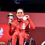 Ni Nengah Widiasih berhasil meraih perak powerlifting 41kg putri Paralimpiade Tokyo 2020.