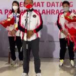 Menpora RI Zainudin Amali saat menyambut menyambut kedatangan para atlet peraih medali di Olimpiade Tokyo 2020, Kamis (5/8) dini hari
