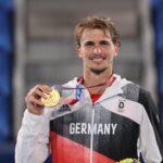 Petenis asal Jerman, Alexander Zverev (5) meraih emas di nomor tunggal putra cabor tenis lapangan pada Olimpiade Tokyo 2020, Minggu (1/8)