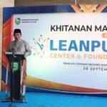 Gubernur Sumsel, H Herman Deru saat sambutan pada acara sunatan massal dalam rangka memperingati 40 hari wafatnya Hj Percha Leanpuri