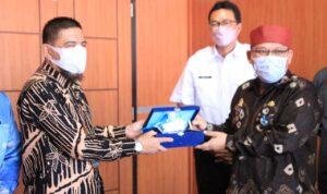 Pemkab OKI menerima kunjungan Pemkab Muba, Jumat (17/9)
