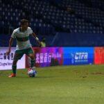 Gelandang timnas Indonesia, Egy Maulana Vikri saat bertanding melawan Taiwan pada laga leg kedua di Stadion Chang Arena Buriram, Thailand, Senin (11/10