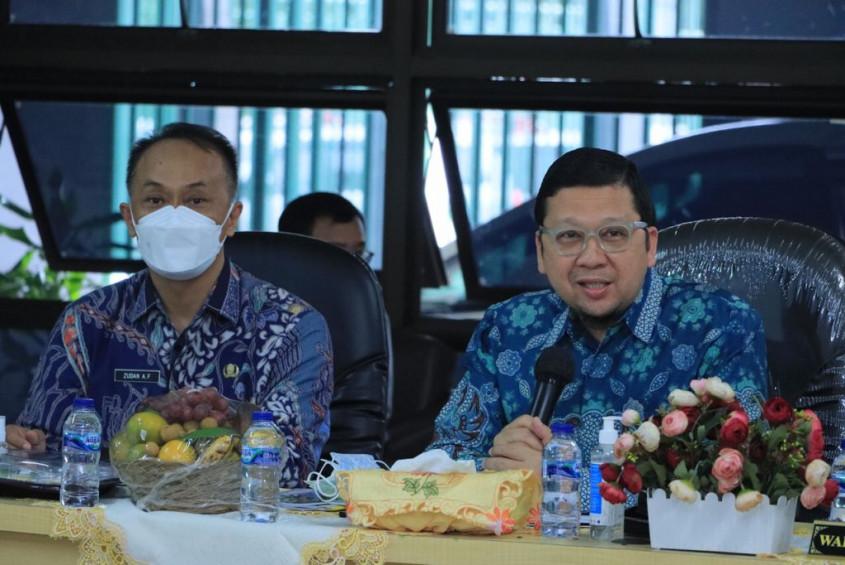Kunjungan Kerja Komisi II DPR RI ke Kantor Dinas Dukcapil Kota Bekasi, pagi ini, Senin (04/10/