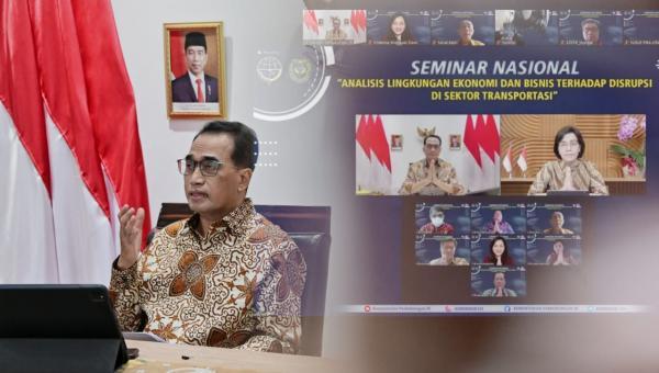 """Menteri Perhubungan, Budi Karya Sumadi saat Seminar Nasional bertema """"Analisis Lingkungan Ekonomi dan Bisnis Terhadap Disrupsi di Sektor Transportasi"""""""