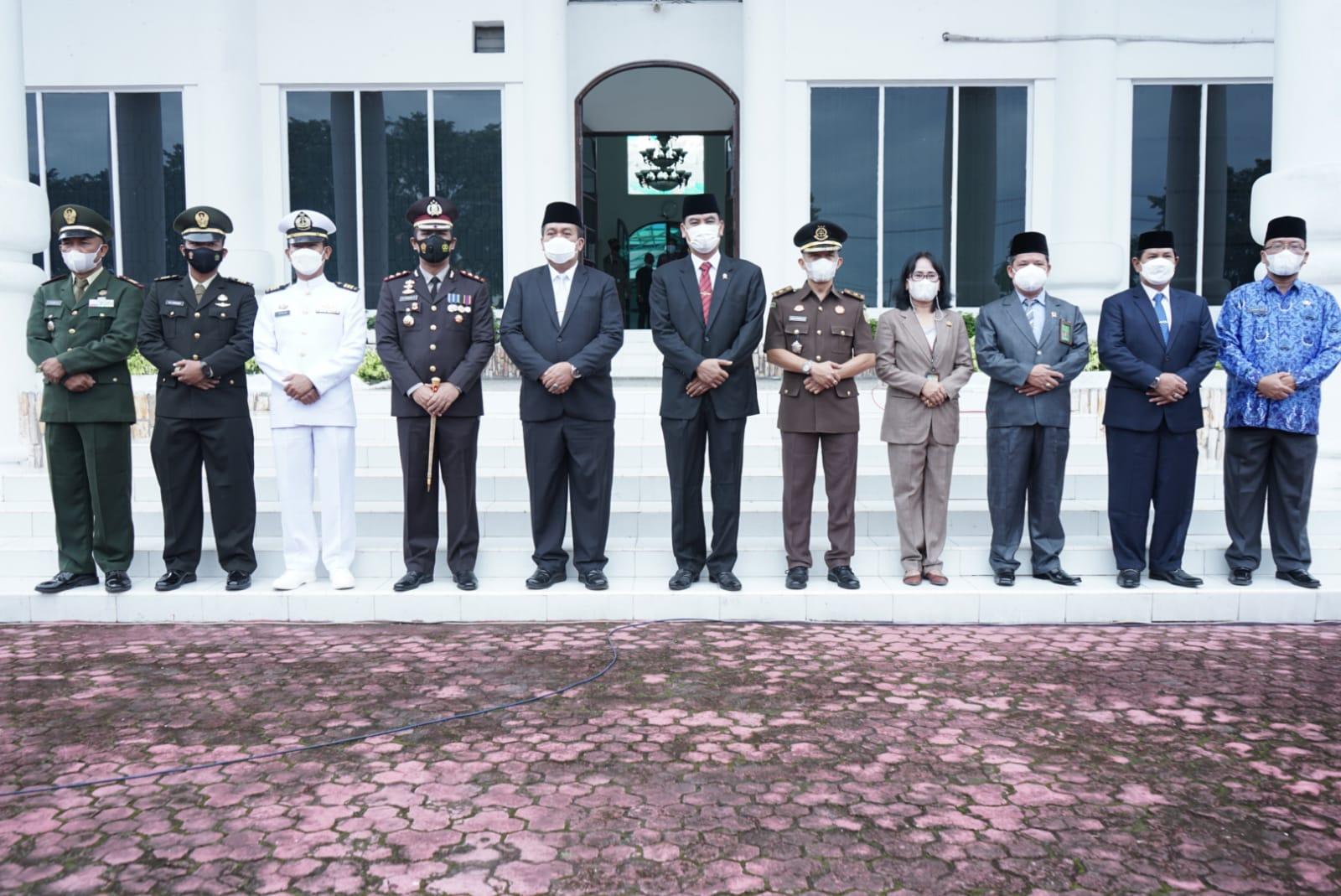 Wakil Bupati Asahan, Taufik Zainal Abidin Siregar SSos MSi bersama OPD Kabupaten Asahan pada Hari Kesaktian Pancasila, Jumat (1/10)