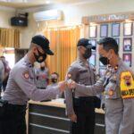 Wakapolres Tegal, Kompol Didi Dewantoro mengucapkan selamat epada para bintara remaja Polres Tegal, Jumat (1/10)
