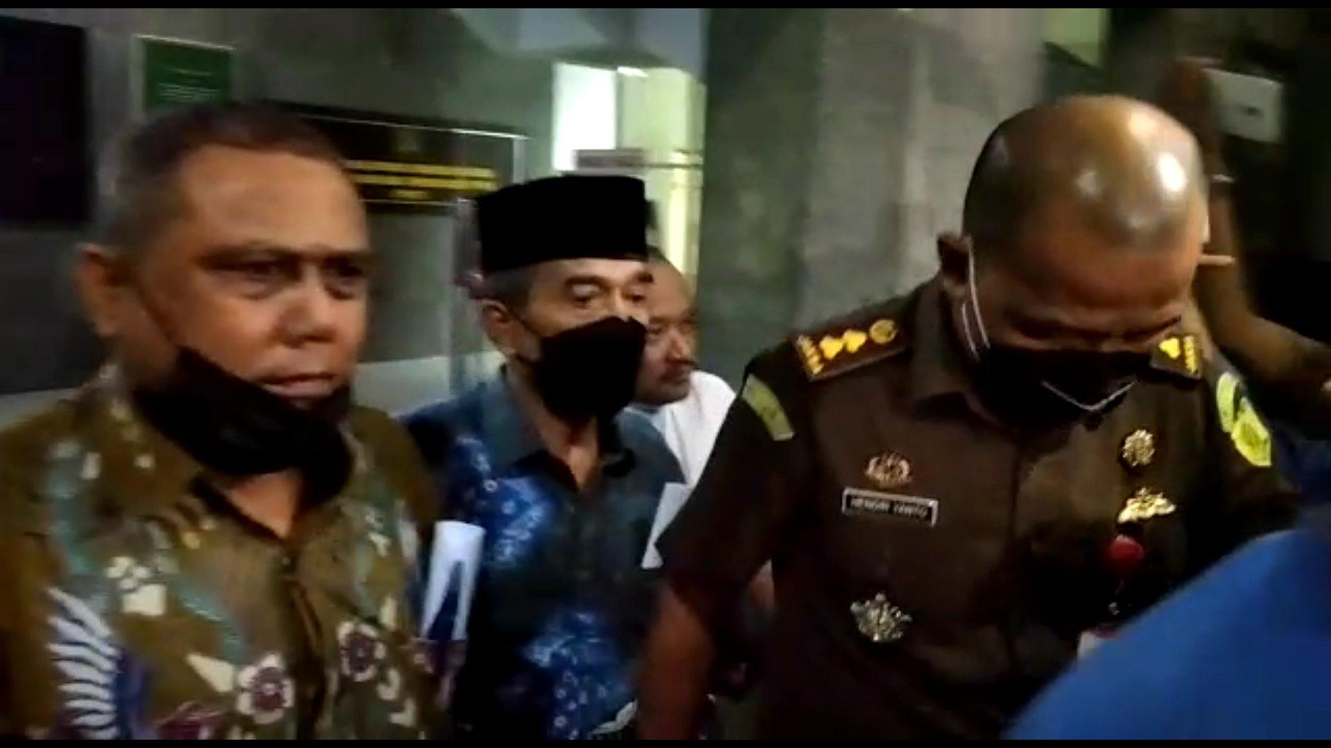 Penyidik Kejati Sumsel menetapkan mantan Pj Walikota Palembang yang juga mantan Asisten l Biro Kesra Setda Provinsi Sumsel, Ahmad Najib sebagai tersangka kasus dugaan korupsi pembangunan Masjid Sriwijaya