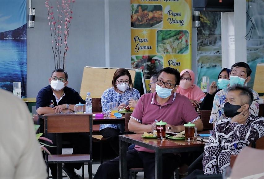 Rapat koordinasi bersama Kepala Puskesmas se-Kabupaten Tegal di Adiwerna, Jumat (8/10)